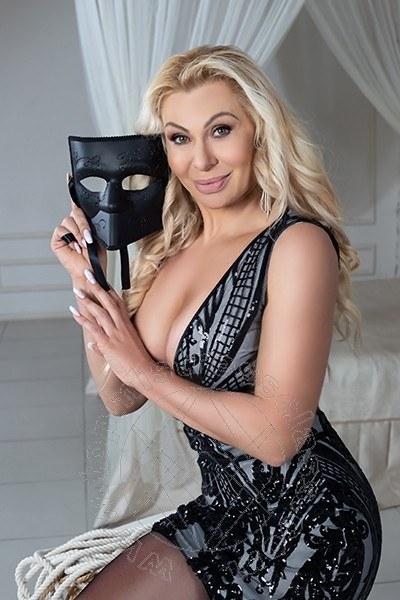 Mistress Modena Kalliope
